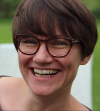 Katrin Sältzer : Pfarrerin